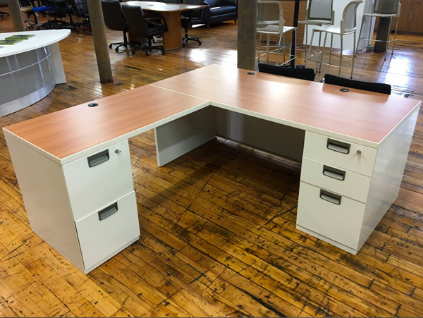 BT360 Steelcase L Desk